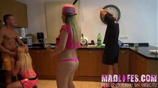 MadLifes.com – Reality show porno español mamada de yarisa a salva en cocina